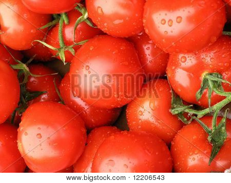 Tomatoes on market stall