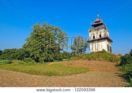 Falling tower NanMyin. Inwa (Ava). Myanmar (Burma)