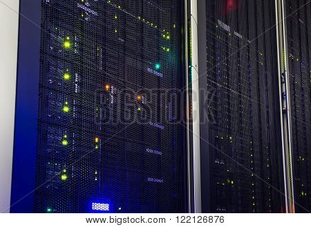modern mainframe disk storage in the data center