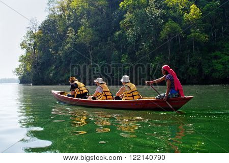 Tourists On Fewa Lake  In Pokhara, Nepal.