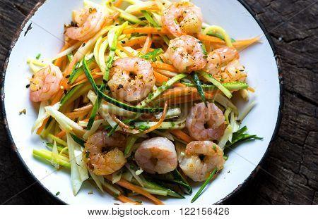 Fried Shrimps With Julienne Vegetables