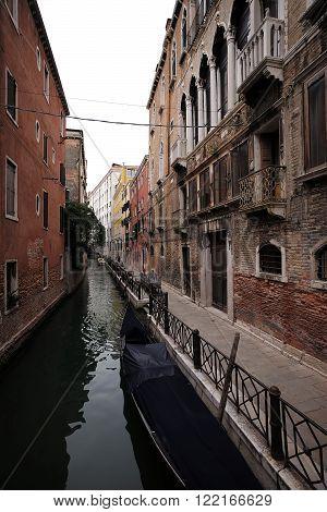 Gondola Covered At Mooring