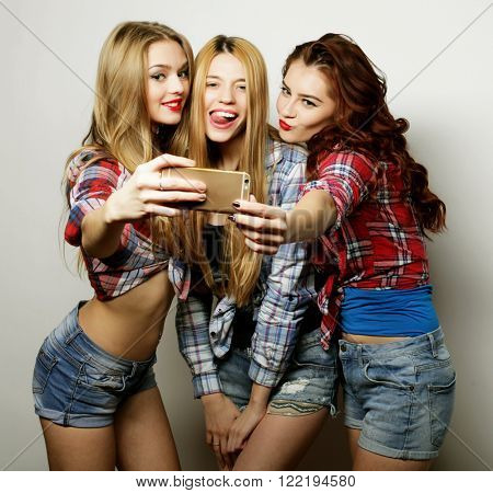 funny girls, ready for party, selfie