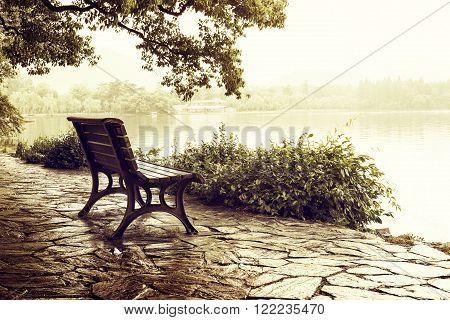 China Hangzhou West Lake lakeside leisure bench