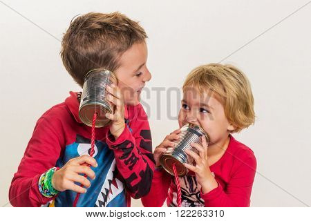 children with a phone