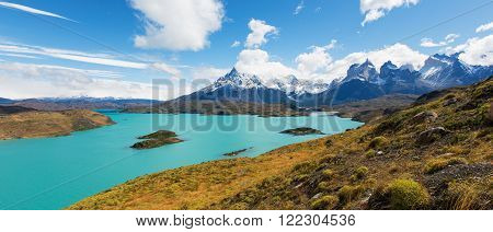 amazing panorama view at cuernos del paine and pehoe lake in torres del paine national park patagonia chile
