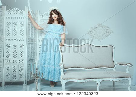 Beautiful woman with overweight standing in the room.