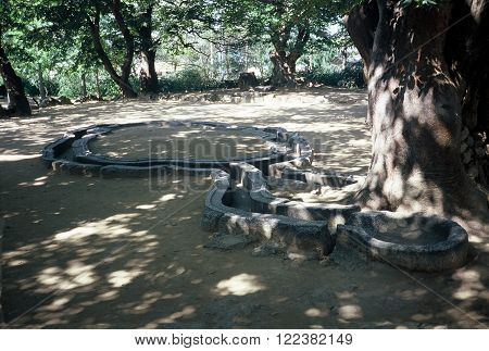 In this bower, which was an annex of the Silla Kingdom's royal palace, the kings hosted banquets and other entertainments around this stone water course in Poseokjeong, Gyeongju, South Korea. The photo was taken in 1987.