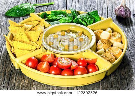 hummus, vegan, vegetarian, tomato, cheese, spinach, mediterranean, food, vegetable