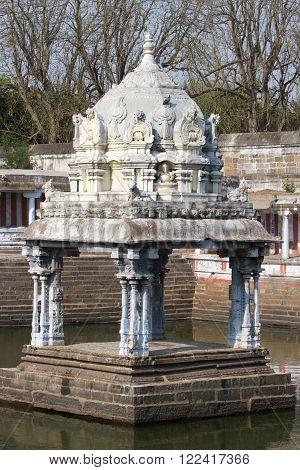 Small monument in water, Ekambareswarar Temple, Kanchipuram, Tamil Nadu, South India