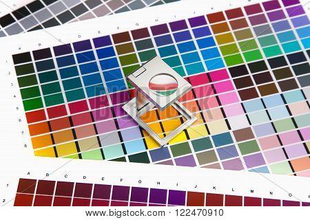 Press color management, chart, densitometer, magnifying glass