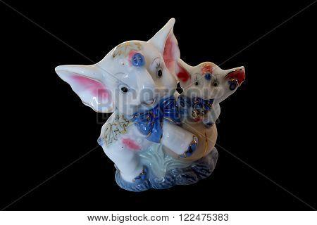 ceramic figurine of an elephant and a baby elephant
