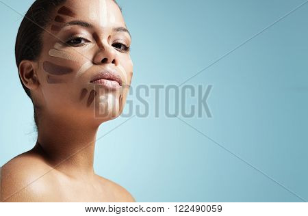 Woman With A Corrector On A Face. Sculpting, Strobbing, Shaping