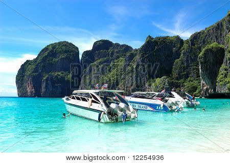 Koh Phi Phi, Thailand - September 13: Motor Boats On Turquoise Water Of Maya Bay Lagoon On September