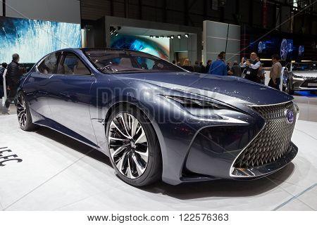 2017 Lexus Lf-lc