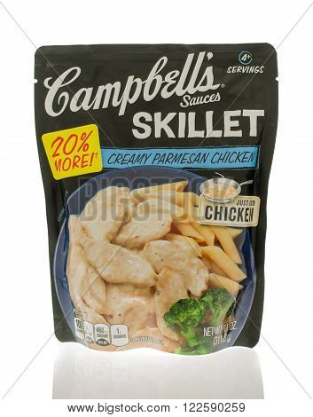 Winneconne WI - 18 Nov 2015: Package of Campbell's sauces that are made in a skillet and in creamy parmesan chicken flavor.