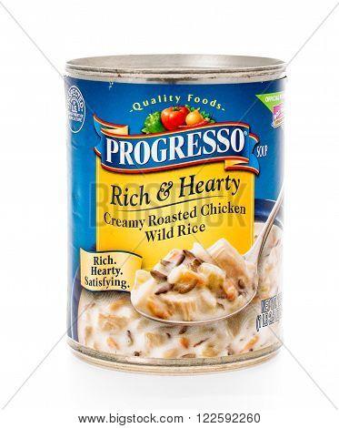 Winneconne, WI - 7 February 2015: Can of Progresso Rich & Hearty Creamy Roasted Chicken Wild Rice soup.