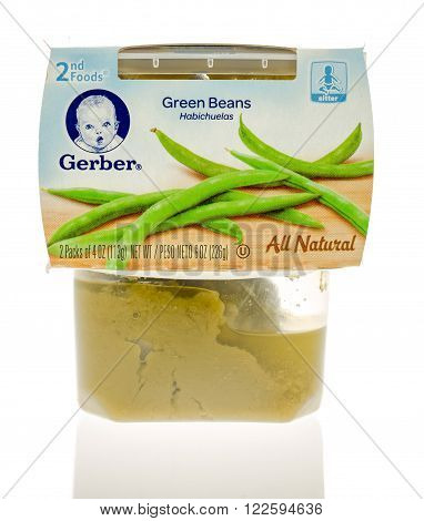 Winneconne WI - 19 Nov 2015: Package of Gerber green bean all natural baby food