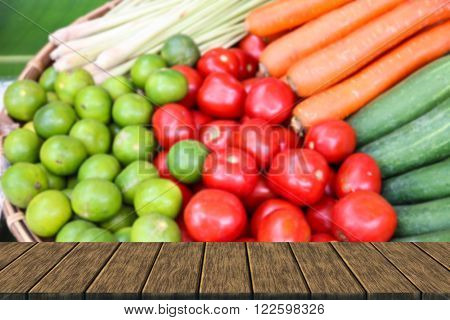 Lemon, Lemongrass, Tomato, Carrot And Cucumber