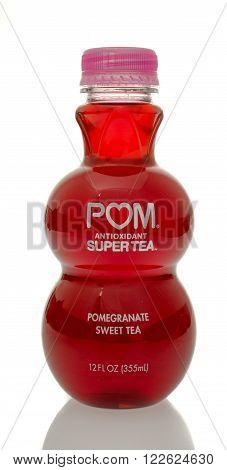 Winneconne WI - 5 March 2016: A bottle of Pom pomergranate sweet tea