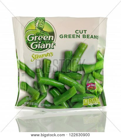 Winneconne WI - 13 March 2016: A bag of Green Giant cut green beans