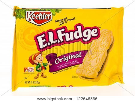 Winneconni WI - 23 June 2015: Package of Keebler EL Fudge
