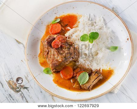 Slow Cooked Beef With Rice