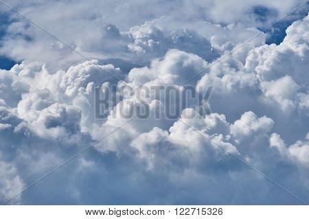 dark stormy sky with cloud background
