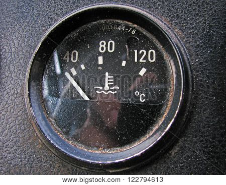 The temperature sensor in the old truck