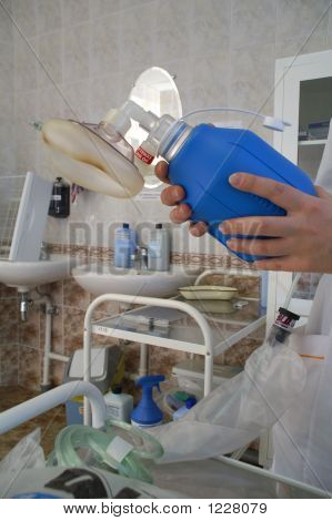 The Equipment For Artificial Respiration