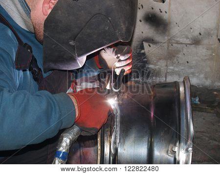 repair of titanium disks Argon arc welding