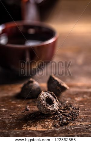 Pressed Black Pu-erh Tea