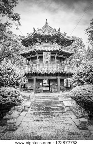 Pavillon in the Giant Wild Goose Pagoda, X'ian, China