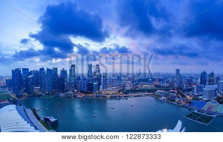 SINGAPORE, FEBRUARY 20 2016 : Singapore skyline and view of the financial district, Singapore on February 20 2016