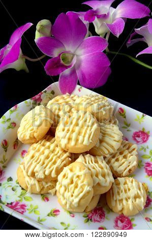 Butter cookies with white chocolate on top. Hari Raya Adilfitri cookies.