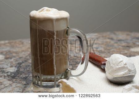 a delicious ice cold root beer cream float