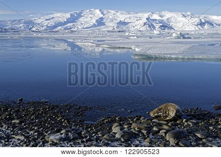 Jokulsarlon Is A Large Glacial Lake In Southeast Iceland, On The Edge Of Vatnajökull National Park.