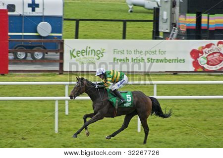 A.P McCoy rides another winner