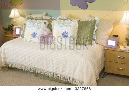 Playful Child'S Bedroom