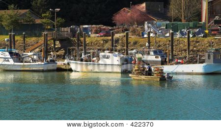 Motoring With Crab Pots