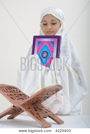 Muslim Women Reading Koran