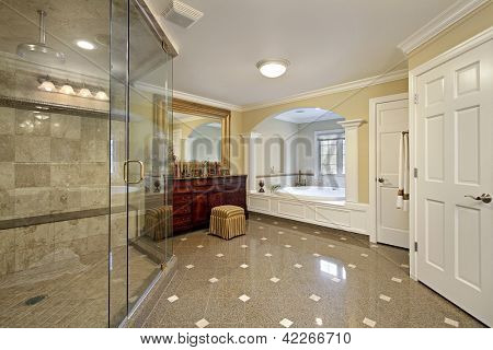 Large master bath with arched bathtub area