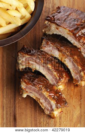 Sliced barbecue ribs