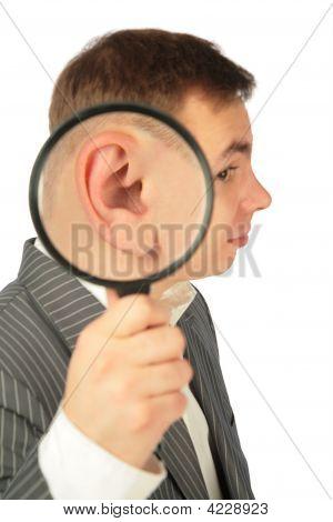 Magnifying Ear