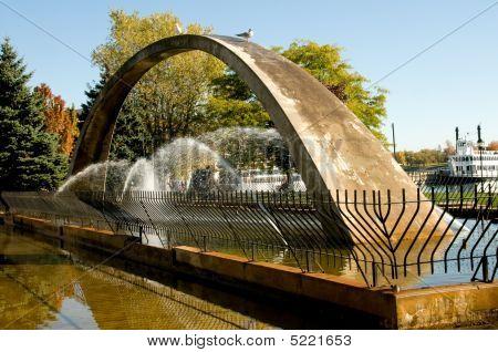 Confederation Arch Fountain