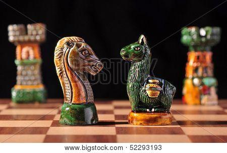 Ecuadorian chess set between Spaniards and Incas
