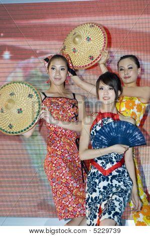China Culture Fair - Beautiful Shanxi Girls
