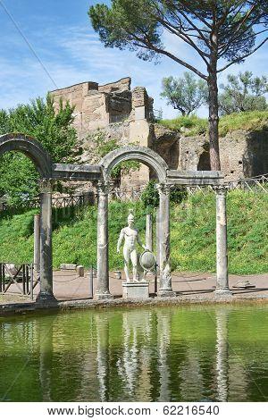 Villa Di Adriano Ruins In Tivoli