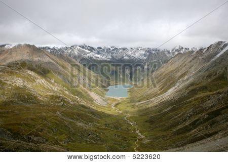 Lhamo Latso lake tibetan plateau tibet