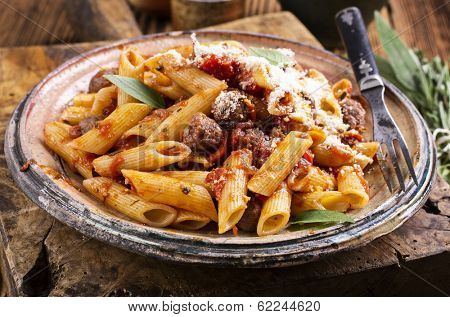 rigate with minced meat sauce